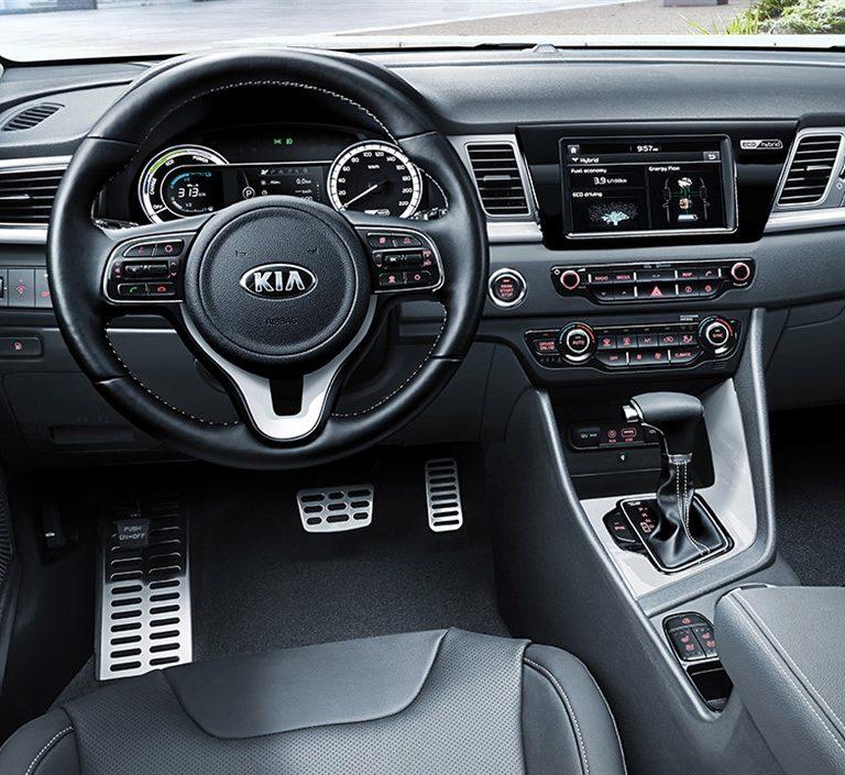 KIA NIRO 1.6 PHEV GDI DCT Hatchback 5-door (Euro 6.2) Noleggio