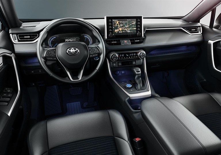 Toyota Rav 4 Hybrid interni